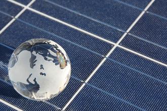 42 πανελ γη Fot 330χ220 Η κατασκευάστρια φωτοβολταϊκών Sunways κλείνει το 2011 με απώλειες εκατομμυρίων, αλλά σώζεται με την βοήθεια κινέζου στρατηγικού επενδυτή