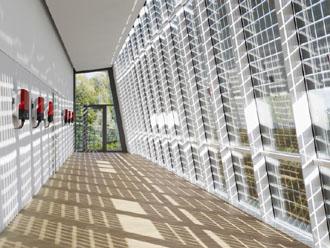 54 SMA SOLAR ACADEMY news 330x248 SMA Solar Technology AG: Tο δεύτερο καλύτερο αποτέλεσμα κερδών στην ιστορία της εταιρείας το 2011