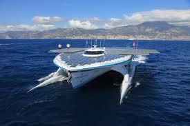 planetsolar Στο Λονδίνο το μεγαλύτερο ηλιακό σκάφος του κόσμου