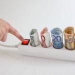 Μειώνεται το κόστος ηλεκτρικής ενέργειας στη βιομηχανία