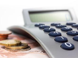 2 calc fot sunblog 330x248 Οδηγίες για τις φορολογικές δηλώσεις για ελεύθερους επαγγελματίες και επιτηδευματίες