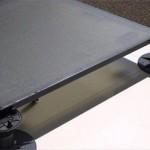 Τα 27 αντιολισθητικά και ημιδιάφανα πάνελ σχεδιάστηκαν από την εταιρεία Onyx Solar
