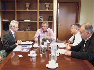 ypeka1 Συνάντηση Υπουργού ΠΕΚΑ, με τον Γ.Γ του Χάρτη Ενέργειας, Πρέσβη UrbanRuznak
